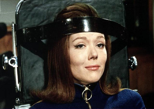 Emma-Peel-positive-thinking-22579604-500-353